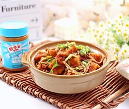 #四季宝篮小罐#酱香金针菇豆腐的做法