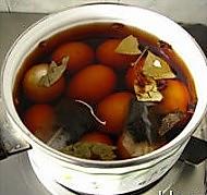 五香茶叶蛋的做法图解3