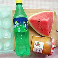 ♡西瓜水果♡-冰汽水的做法图解1