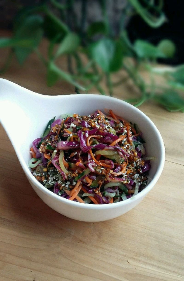 清爽小菜---凉拌紫甘蓝的做法