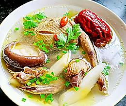天冷了来一碗暖身——鸽子汤的做法