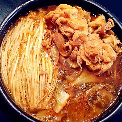 【零基础】【韩式】辣白菜肥牛汤