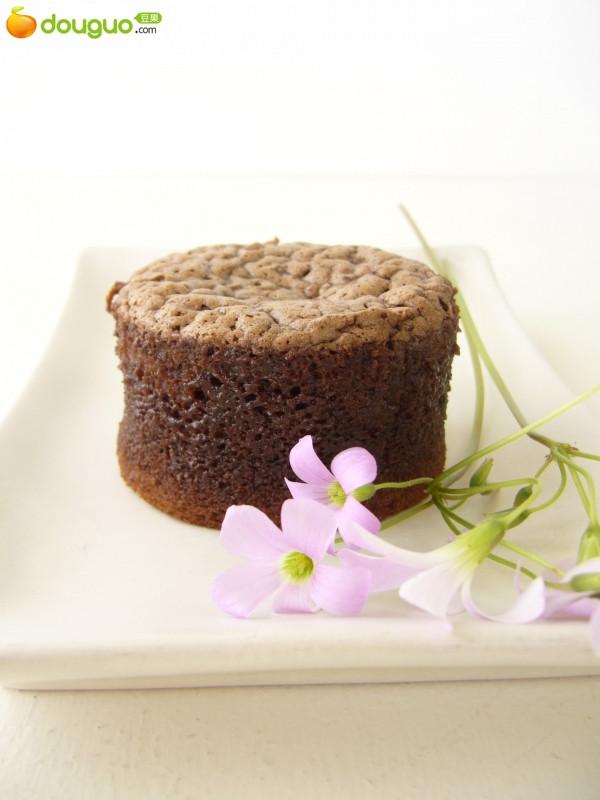 熱巧克力蛋糕的做法