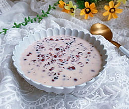 #秋天怎么吃#牛奶红豆粥的做法