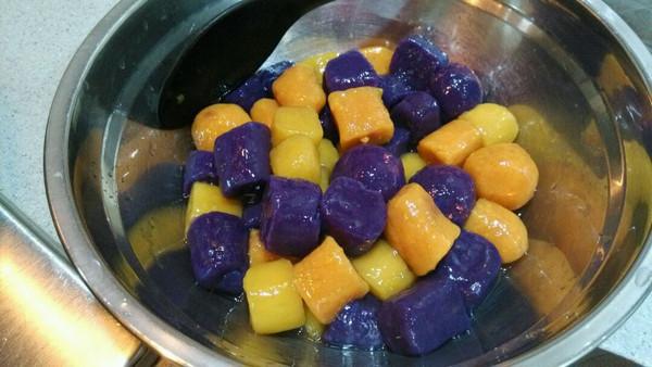 椰汁三色芋圆的做法