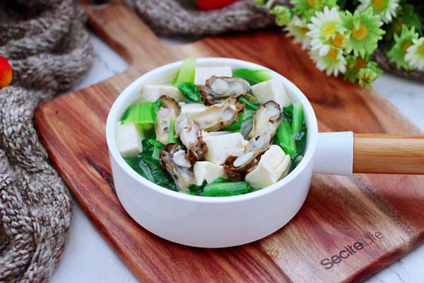 海蛎子豆腐青菜汤的做法
