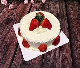 做一个莓好的鲜奶蛋糕的做法