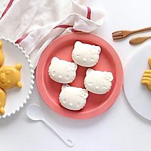 1次2种,简单又美味,分分钟就做好的夏日水果牛奶布丁冻