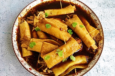 好吃到爆炸的干豆腐卷金针菇