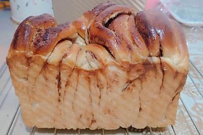手撕豆沙面包