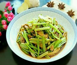 香芹肉沫豆腐的做法