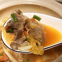 辣白菜肥牛汤