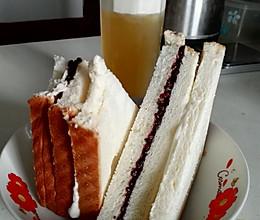自制紫米面包+茉莉花茶奶盖的做法