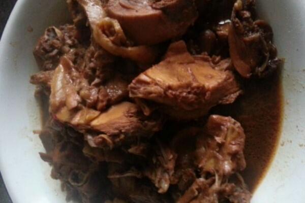 红烧鸡块(弘基~)的做法