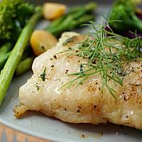 莳萝煎巴沙鱼#一起吃西餐#的做法图解5