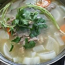 滋补羊肉萝卜汤