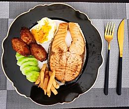 煎三文鱼的做法