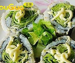 『入得厨房』大爱寿司の生菜沙拉寿司的做法