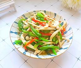 #快手又营养,我家的冬日必备菜品#简单快手素炒蟹黄菇的做法