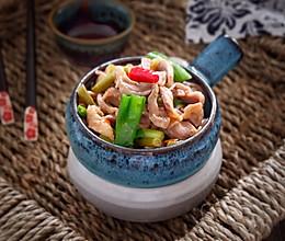 酸豆角炒鸡胗#松下多面美味#的做法