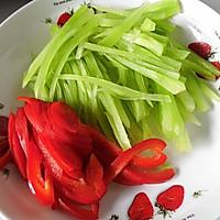 椒麻莴笋拌豆干的做法图解1