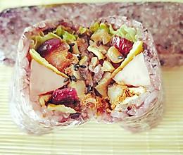 #带着零食去旅行!#糯米饭团卷一切的做法