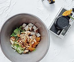 健身餐椰肉南瓜三文鱼块沙拉的做法