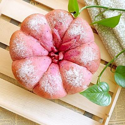 火龙果花朵面包
