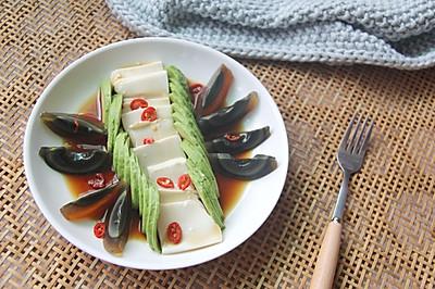 创意菜-牛油果凉拌创意菜