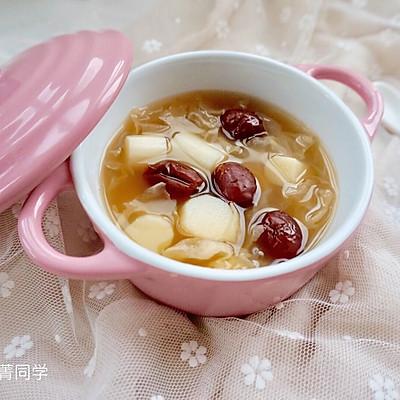 山药银耳红枣甜汤