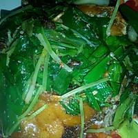 芹菜大蒜闷鱼(潮汕冬至一定要吃芹菜蒜)的做法图解8