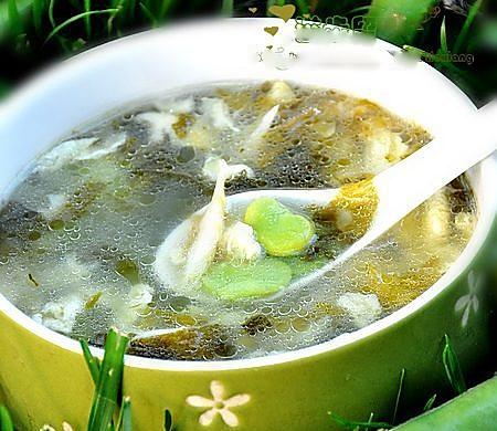 蚕豆怎么吃不会中毒-------雪里蕻蚕豆蛋花汤