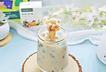 #爱乐甜夏日轻脂甜蜜#小熊海洋蓝珍珠奶茶的做法