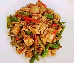 #我们约饭吧#干锅肥肠的做法