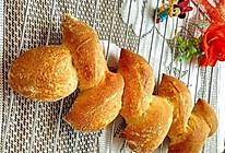 #憋在家里吃什么#麦穗法式乡村面包的做法
