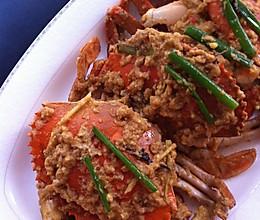 假日家庭聚餐最抢手的大菜——【咸蛋黄炒蟹】的做法