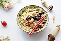 菌菇汤面的做法