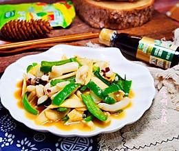 茭白青椒炒目鱼条的做法