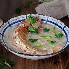 红头鱼炖萝卜丝#做道好菜,自我宠爱!#