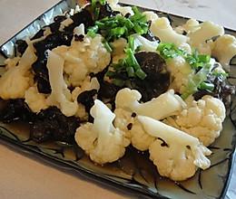 凉拌菜花木耳 黑白配 爽口好吃的做法