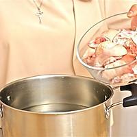 迷迭香美食| 黄豆炖猪蹄的做法图解2