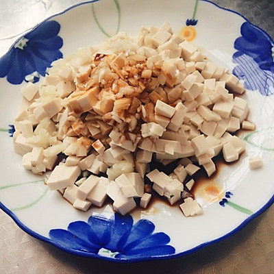 一键减肥的〜:蒜香豆腐