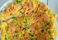 火腿肠鸡蛋饼的做法