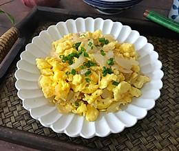 #做道懒人菜,轻松享假期#洋葱炒鸡蛋的做法