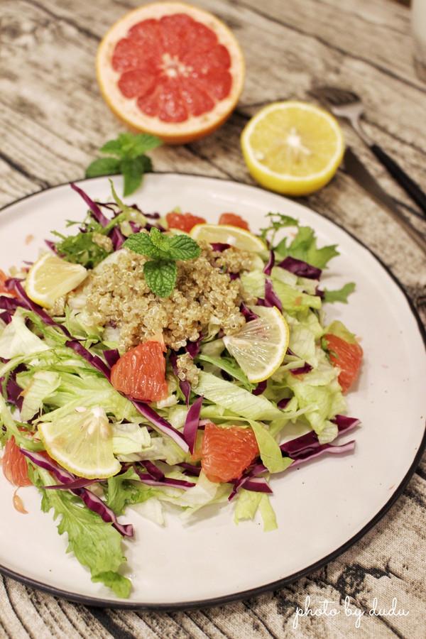 藜麦西柚蔬菜沙拉的做法