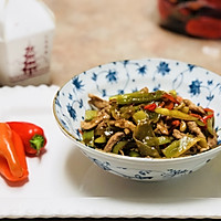 下饭菜: 莴笋炒肉片