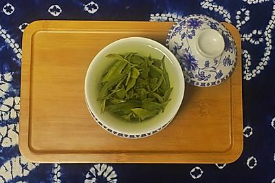 手工春茶--豆蔻青滋