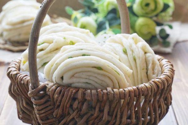 葱香椒盐花卷的做法