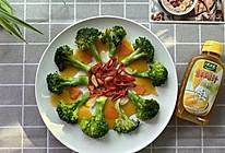 鸡汁西兰花+太太乐鲜鸡汁蒸鸡原汤的做法