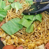 #快手又营养,我家的冬日必备菜品#快手炒面条的做法图解7